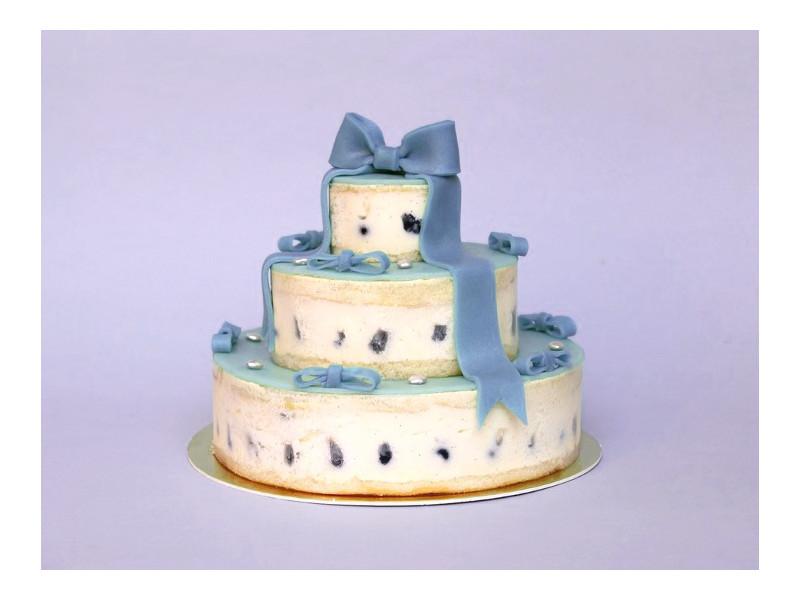Gâteau chalala bleu sur deux étages a la Myrtilles & violette