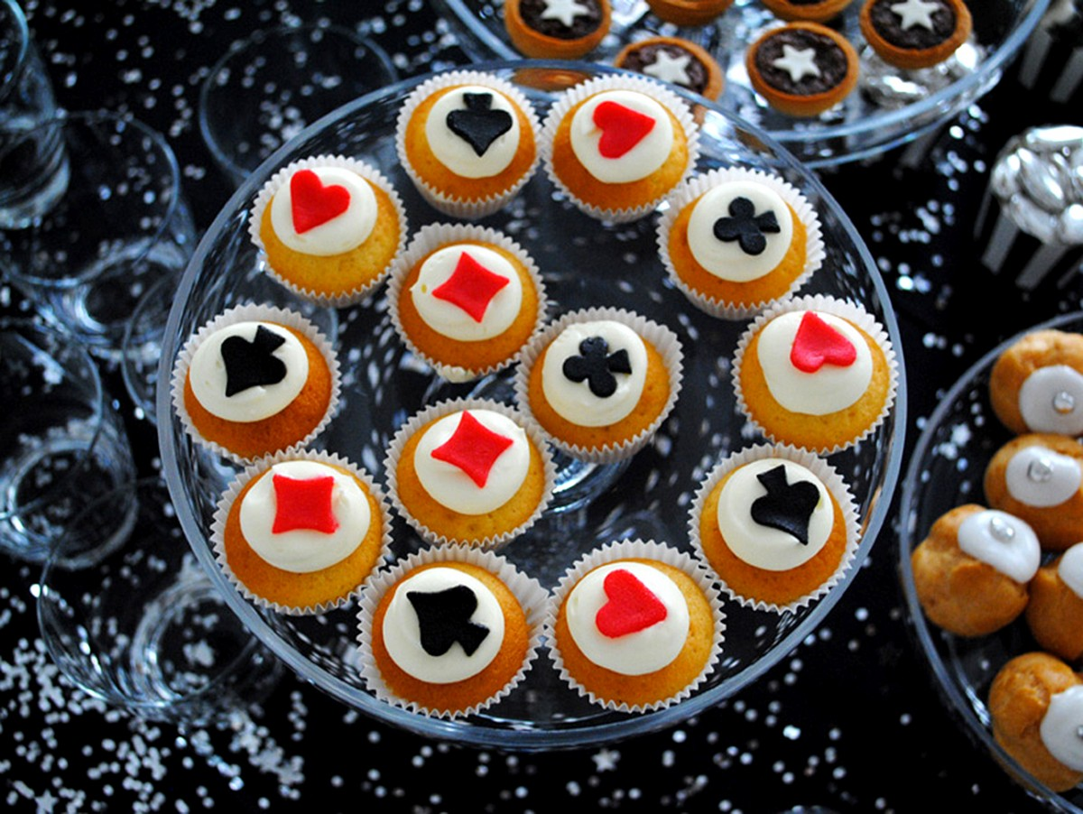 Mini Cupcakes Poker