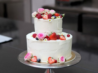 Cream cake Fruits & Fleurs