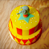 Tous en piste ! Jusqu'au 10 octobre, découvrez dans notre pâtisserie et sur chezbogato.fr notre sélection exclusive de pâtisseries & de déco de fête autour du Cirque. Ça saute, ça jongle, ça rugit et ça applaudit... pour notre plus grand plaisir ! ⠀⠀⠀⠀⠀⠀⠀⠀⠀ ...⠀⠀⠀⠀⠀⠀⠀⠀⠀ Circus Party 🎪 ⠀⠀⠀⠀⠀⠀⠀⠀⠀ Jusqu'au 10 octobre @chezbogato ⠀⠀⠀⠀⠀⠀⠀⠀⠀ ...⠀⠀⠀⠀⠀⠀⠀⠀⠀ #pitreries #tousenspiste #pirouettescacahuètes #chezbogatorigolo