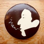 Notre préférée : L'eau à la bouche ❤️ ...⠀⠀⠀⠀⠀⠀⠀⠀⠀ Gâteau Gainsbourg, sur-mesure pour Jean. Biscuit moelleux à la noisette et au chocolat, ganache montée au chocolat au lait & framboises fraîches. Glaçage parfait 👌⠀⠀⠀⠀⠀⠀⠀⠀⠀ ...⠀⠀⠀⠀⠀⠀⠀⠀⠀ 🚬 sur-mesure@chezbogato.fr