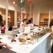 Petites pâtisseries, goûters & gâteaux festifs : Chez Bogato, c'est désormais deux adresses gourmandes à Paris 🥳  ... 🎂 5 rue Saint Merri - Le Marais Du mardi au dimanche ... 🍪 7 rue Liancourt - Denfert Du mercredi au samedi ... All night & day sur chezbogato.fr